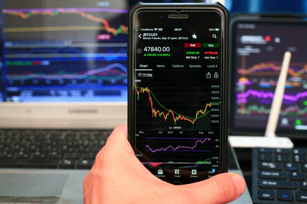 Is Trading Forex The Same As Trading Crypto?